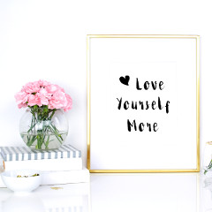 Love Yourself More Motivational Print / @spotebi