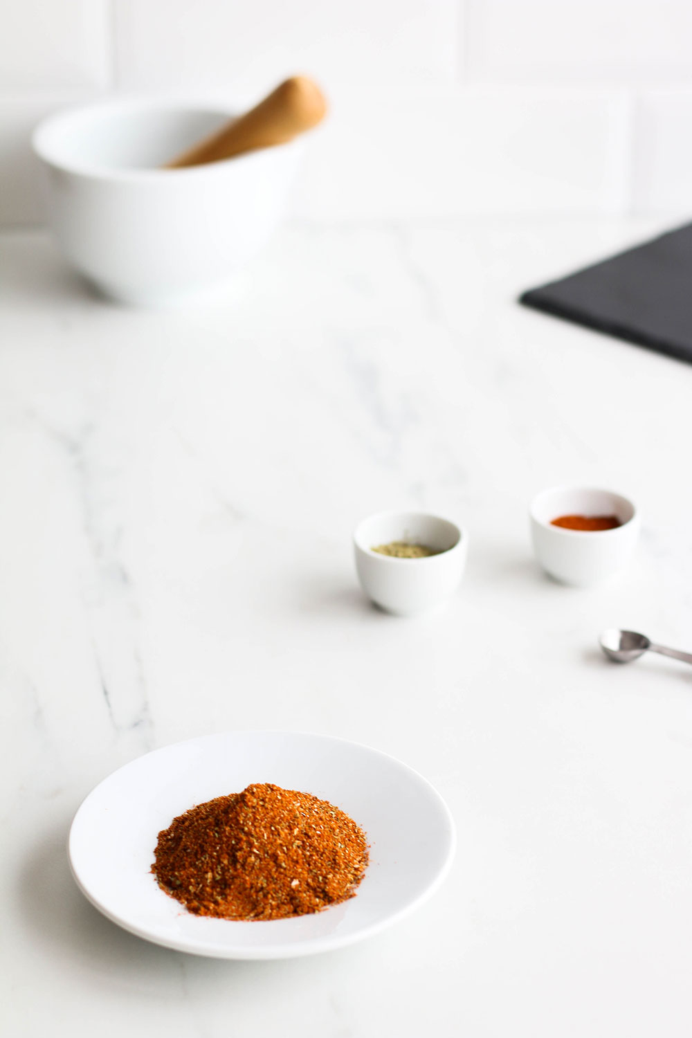 Homemade Mexican spice mix recipe: Great for seasoning tacos, enchiladas and stir fries! https://www.spotebi.com/recipes/mexican-spice-mix-recipe/