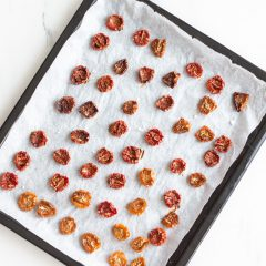 Oven-Dried Tomatoes Recipe / @spotebi