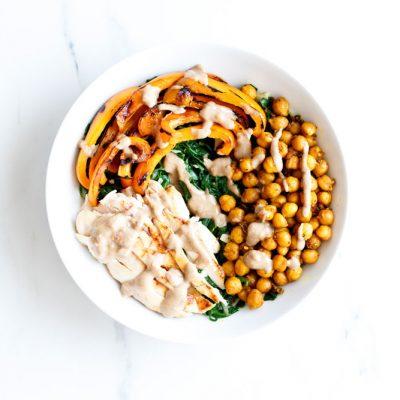 Roasted Chickpea Salad Recipe With Tahini Dressing / @spotebi