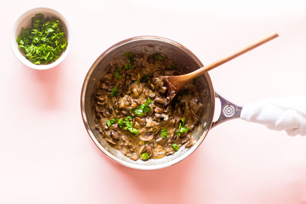 This vegan creamy mushroom sauce rescues the most boring of plates and helps you elevate basic foods into complex, vibrant-tasting dishes. https://www.spotebi.com/recipes/creamy-mushroom-sauce-recipe/