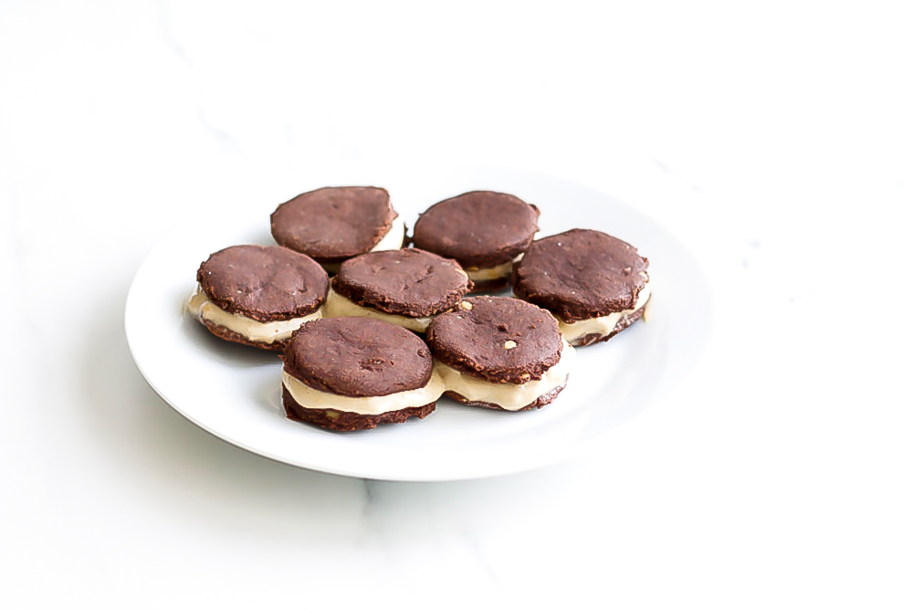 These Banana Nice Cream Oreos are made with healthy ingredients that are loaded with important nutrients that will help promote good health and better eating patterns! https://www.spotebi.com/recipes/banana-nicecream-oreos/