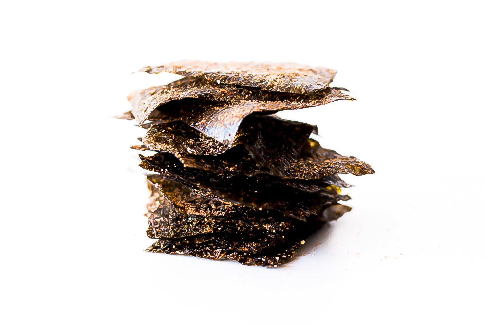 If you're looking for a crunchy, spicy mid-morning snack that can give your metabolism a healthy boost and provide the minerals your body needs, then you should definitely give these nori chips a try! https://www.spotebi.com/recipes/crisp-nori-chips/