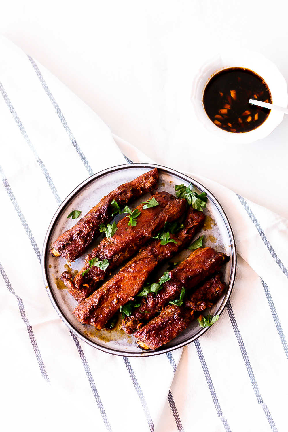 If you're trying to reduce bloating, cooking yourself a high-protein, low-carb dinner, like these oven-baked ribs, can do wonders for your figure! https://www.spotebi.com/recipes/easy-melt-in-your-mouth-oven-baked-ribs/