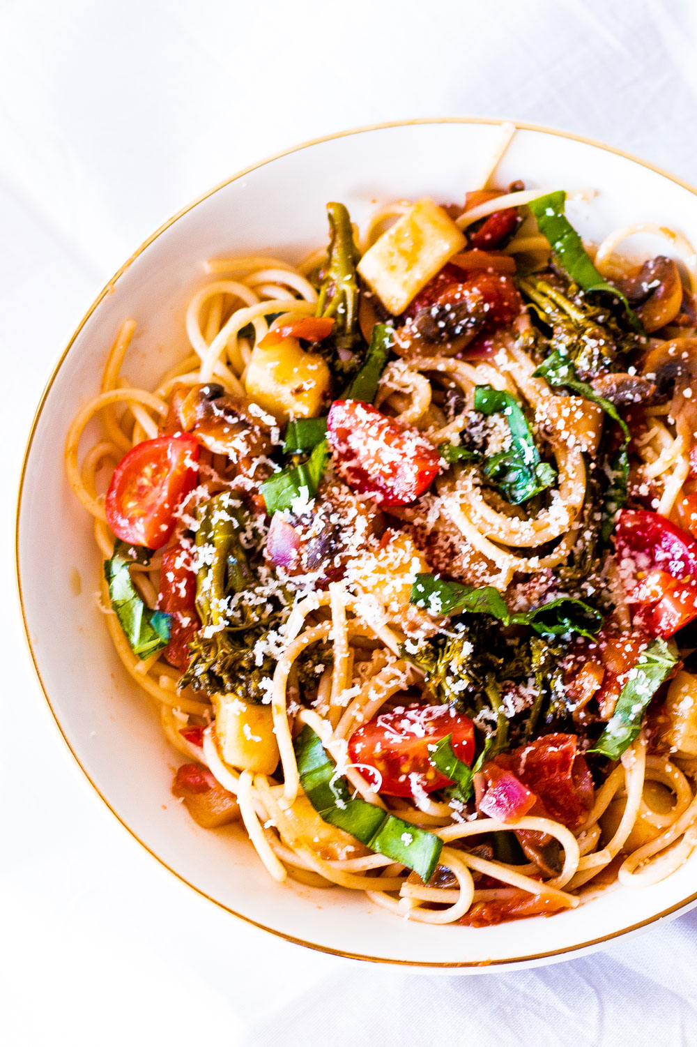 Whip up our easy Rustic Tomato Basil Vegetable Pasta in just 30 minutes. It's simple to make, delivers on flavor, and packs three of your 5-a-day into one delicious meal. https://www.spotebi.com/recipes/rustic-tomato-basil-vegetable-pasta/