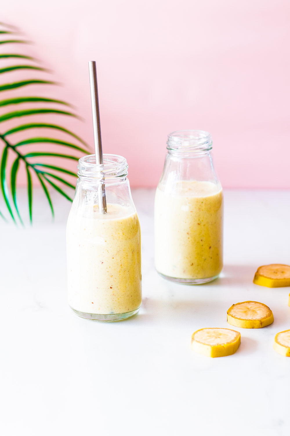 This delicious and athlete approved Banana-Oat Morning Smoothie includes all the fuel you need pre- or post-workout! https://www.spotebi.com/recipes/banana-oat-morning-smoothie/