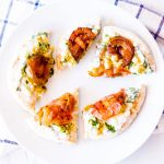 Flatbread Appetizers with Yogurt Sauce, Grilled Tomatoes & Chickpeas Recipe / @spotebi