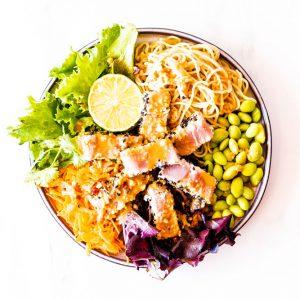 Fresh Tuna Salad With Homemade Peanut Dressing Recipe / @spotebi