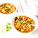 Veggie-Packed Hearty Chili / @spotebi
